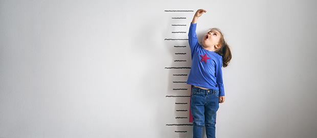 Como saber se a criança está crescendo bem? - por: Dra. Carolina Assumpção