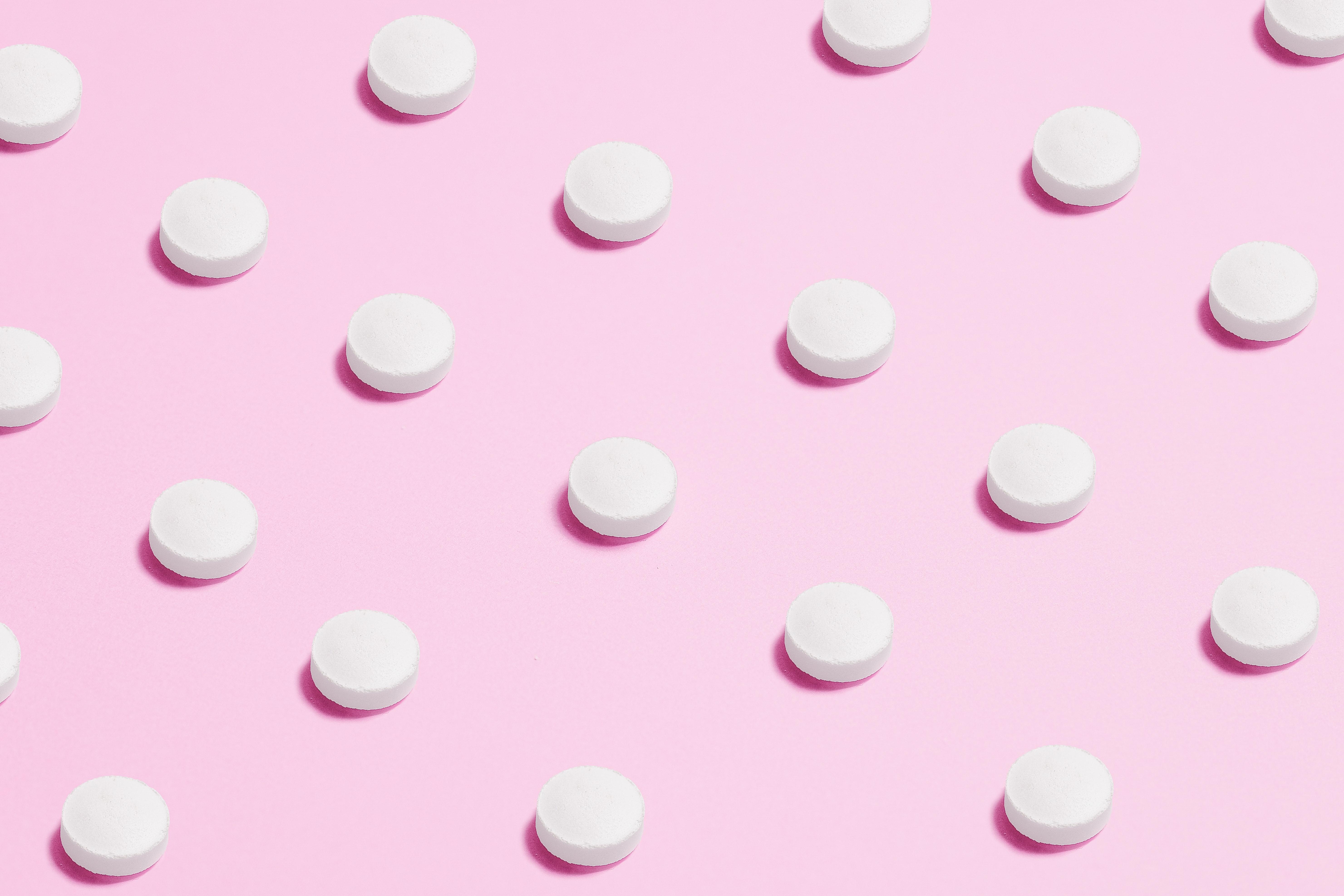 Efeitos da pílula anticoncepcional no organismo - por: Dra. Fatima Oladejo
